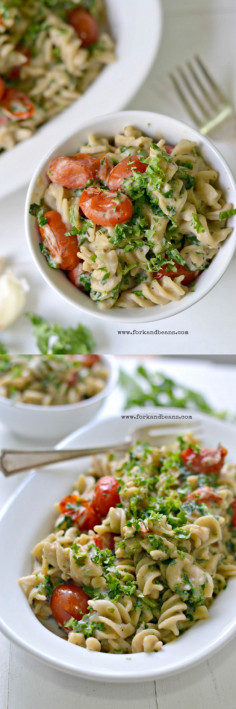 Easy Vegan Creamy Pasta with Kale - Fork and Beans